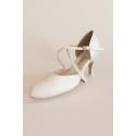 Buty Kozdra 36 białe lekko połyskujące